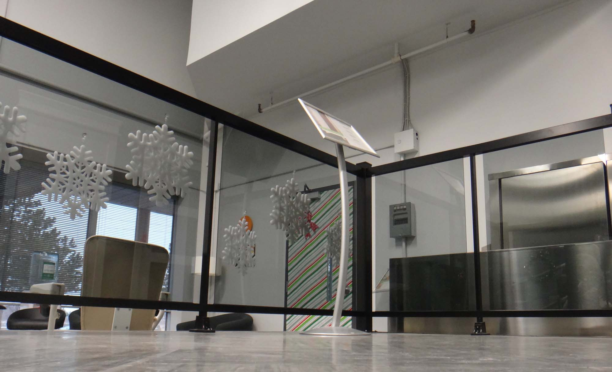 Indoor glass railing system for Indoor glass railing