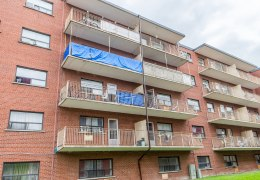 Balcony guards replacement of an apartment building in Mississauga