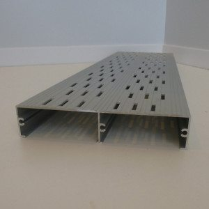 anti-slip aluminum steps